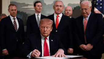 Foto: Trump firma decreto que reconoce soberanía de Israel sobre Altos del Golán, 25 de marzo de 2019, Washington