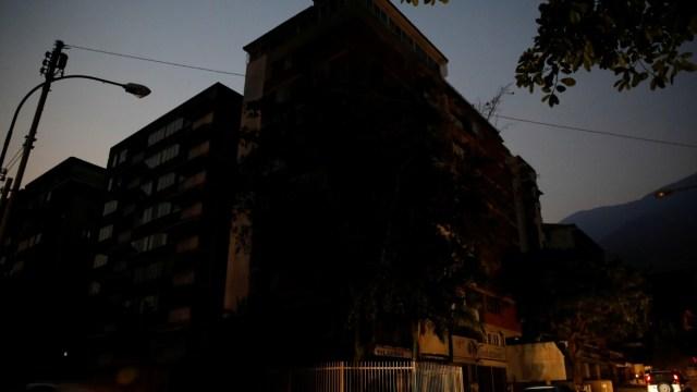Venezuela amanece sin luz por segundo día consecutivo