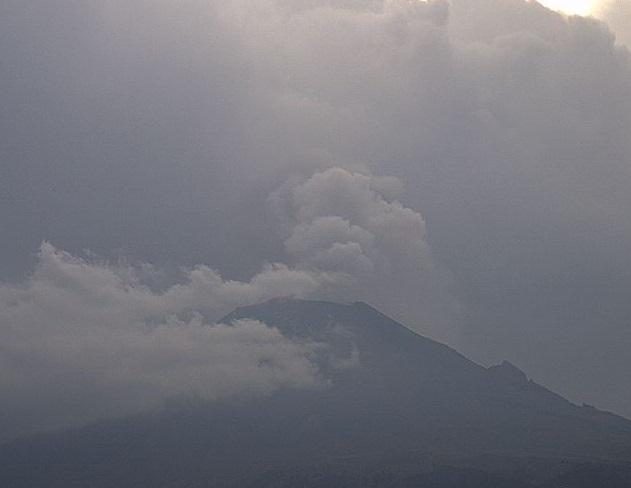 Foto: El semáforo de alerta volcánica del Popocatépetl se encuentra en Amarillo Fase 2, marzo 5 de 2019 (Twitter: @webcamsdemexico)