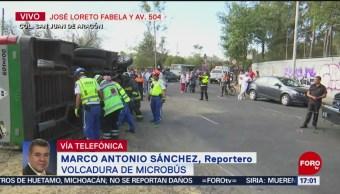 FOTO: Vuelca microbús en San Juan de Aragón por chofer ebrio, 3 marzo 2019