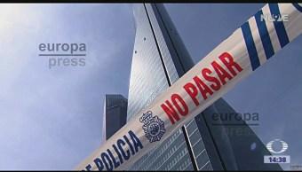 Foto: Amenaza de bomba en rascacielos de Madrid
