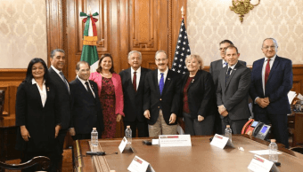 AMLO habla de migración y Venezuela con congresistas de EU