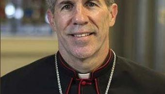 Papa Francisco reemplaza al arzobispo de Guam, expulsado por pederastia