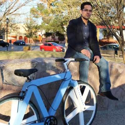 Mexicano crea la primera bicicleta hecha con papel reciclado