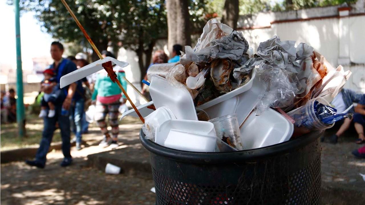 Puebla prohibe bolsas de plástico y unicel; así serán multas