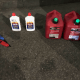 Foto: Botes de gasolina confiscados a un hombre en la catedral de NY, 18 de abril de 2019, Estados Unidos