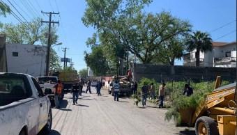 Foto: limpieza y levantamiento de árboles caídos en Piedras Negras, 8 abril 2019. Twitter @MpioPNegras