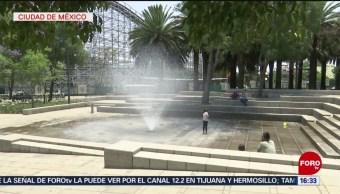 Foto: Capitalinos buscan opciones para refrescarse ante las altas temperaturas