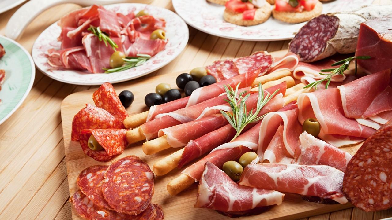 Comer jamón y salchichas diario puede provocar cáncer