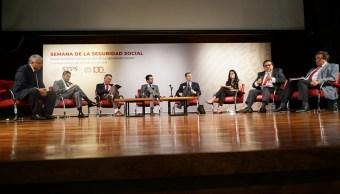 Reforma laboral atiende nueva realidad del país, dice Alcalde