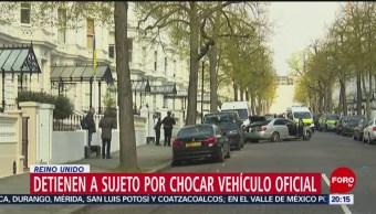 FOTO: Detienen a sujeto por chocar vehículo de embajador de Ucrania en el Reino Unido, 13 de abril 2019