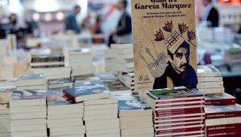 FOTO Día Mundial del Libro: Disminuye población lectora en México (AP 22 abril 2014 )