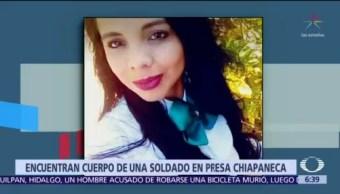 Encuentran muerta a mujer soldado que había paseado con militares