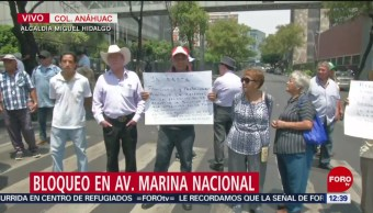 Extrabajadores de Pemex bloquean Marina Nacional, CDMX