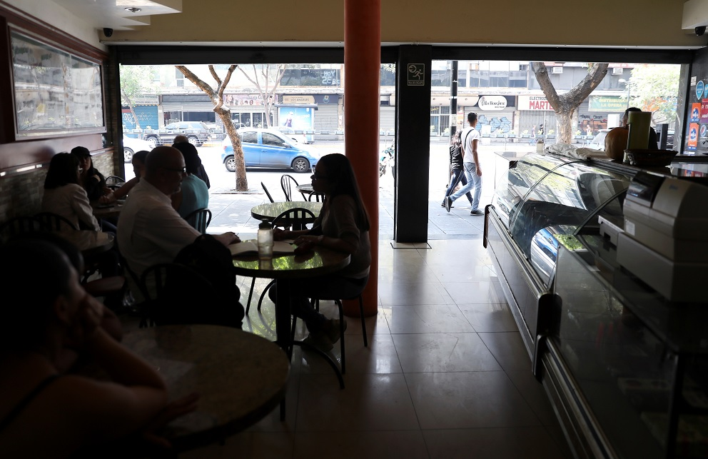 Foto: Una panadería se quedó sin luz en la ciudad de Caraca, Venezuela. El 31 de marzo de 2019