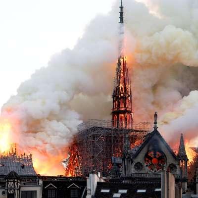 Utilizar aviones cisterna para apagar incendio en Notre Dame destruiría el monumento