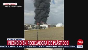 FOTO: Fuerte incendio afecta fábrica recicladora de plásticos en Toluca, 20 ABRIL 2019