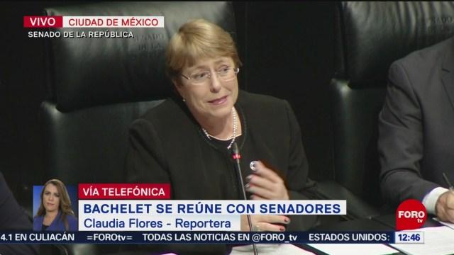 Michele Bachelet se reúne con líderes del Senado