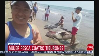 Foto: Mujer pesca cuatro tiburones en Veracruz