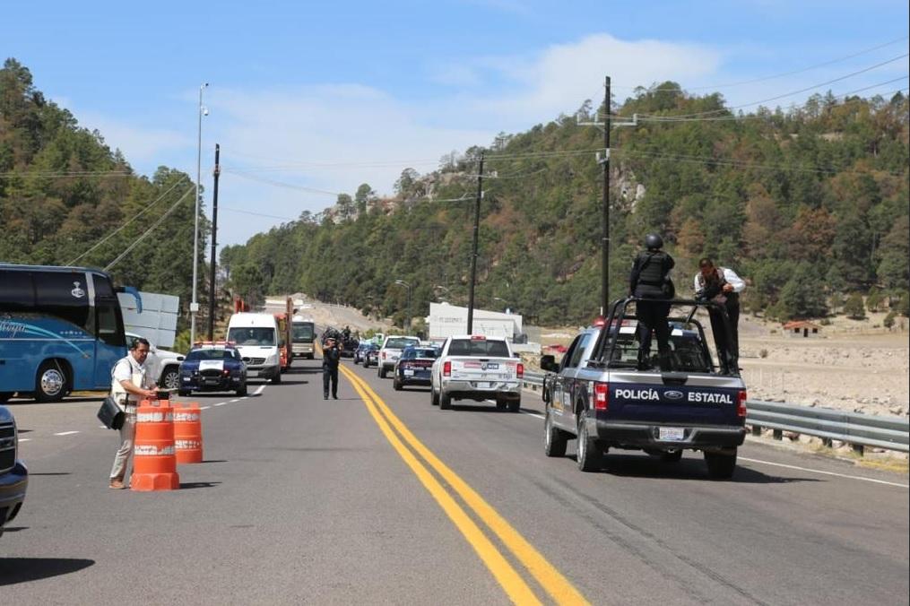 Foto: Operativos de seguridad en la supercarretera Mazatlán-Durango, 5 de abril 2019. Twitter @sspsinaloa1
