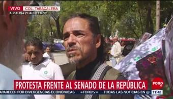 Organizaciones ambientalistas se manifiestan frente al Senado de la República