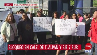 Padres de familia bloquean calzada de Tlalpan en Eje 7 Sur, CDMX