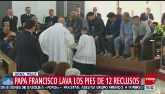FOTO: Papa lava los pies a doce reclusos, 18 abril 2019