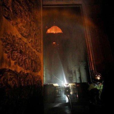'Colossus', el robot bombero que se convirtió en el héroe de Notre Dame