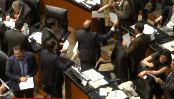 Foto: Senadores durante debate sobre Comisión Reguladora de Energía, abril 2019, Ciudad de México