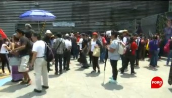 FOTO: SITUAM protesta afuera de la Junta de Conciliación y Arbitraje, 6 de abril 2019