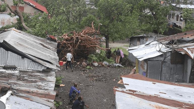FOTO Tormenta afecta aeropuerto internacional de Santa Clara, Cuba (Juventud Rebelde 29 abril 2019)