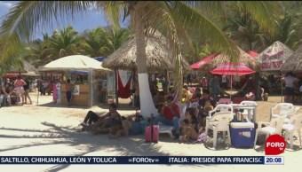 FOTO: Turistas disfrutan playas en Campeche en Semana Santa, 20 ABRIL 2019