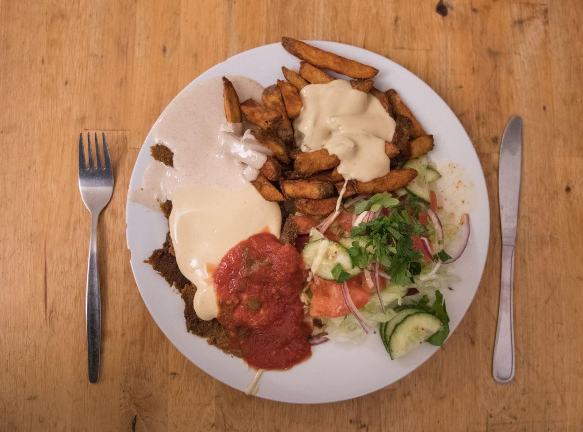 Una dieta vegana puede contener todos los aminoácidos esenciales y las proteínas completas. La clave está en la capacidad de combinación de distintos alimentos (GettyImages)