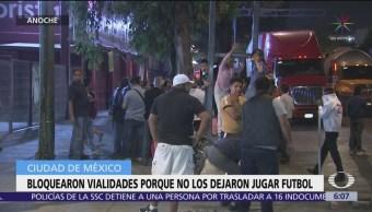FOTO: Vecinos bloquean La Viga por impedir partidos de futbol, 18 abril 2019