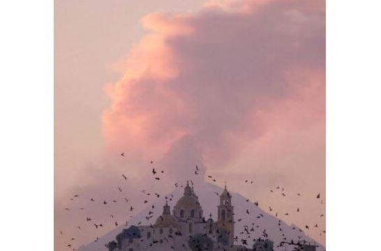 Popocatépetl emite 12 exhalaciones acompañadas de gas