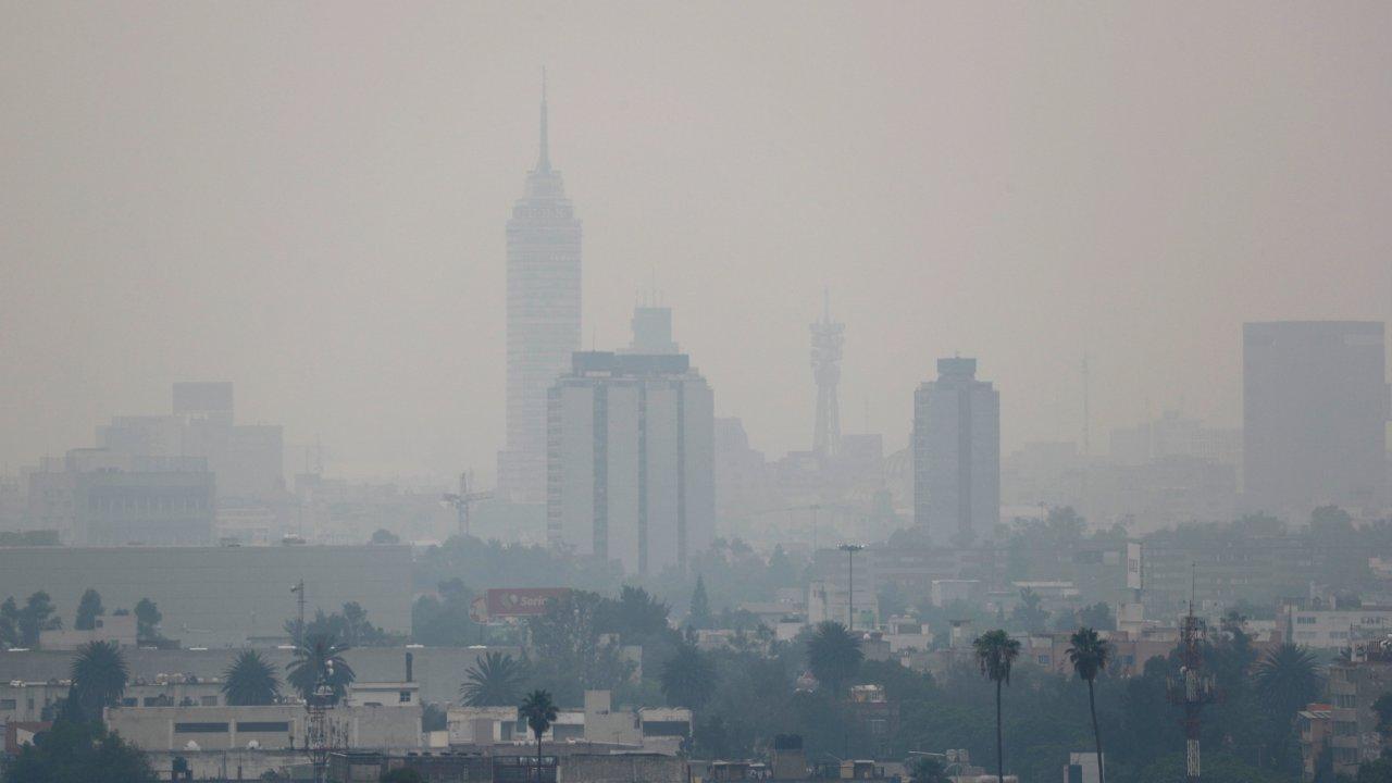 Activan alerta ambiental por mala calidad del aire en Valle de México