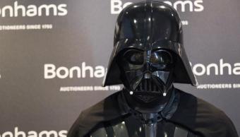 Subastarán traje de Darth Vader en Los Ángeles