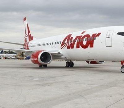 Suspensión de vuelos de EU a Venezuela deja a pasajeros varados en Miami