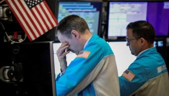Foto: Trabajadores de la Bolsa de Nueva York (NYSE), en Nueva York, Estados Unidos, mayo 29 de 2019 (Getty Images)
