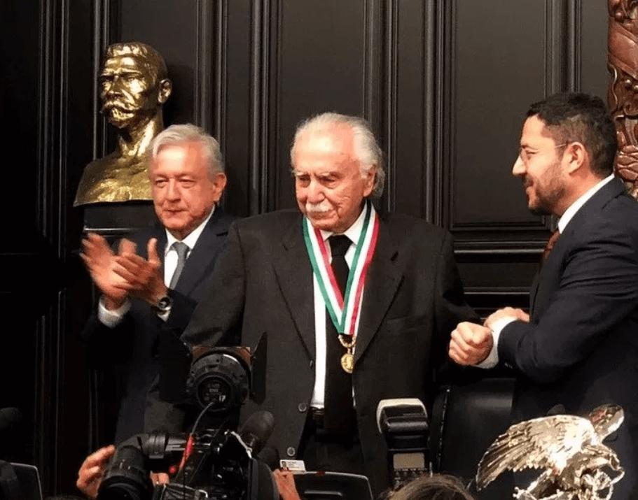 Foto: Carlos Payán recibió la Medalla Belisario Domínguez, 19 de diciembre de 2018, México