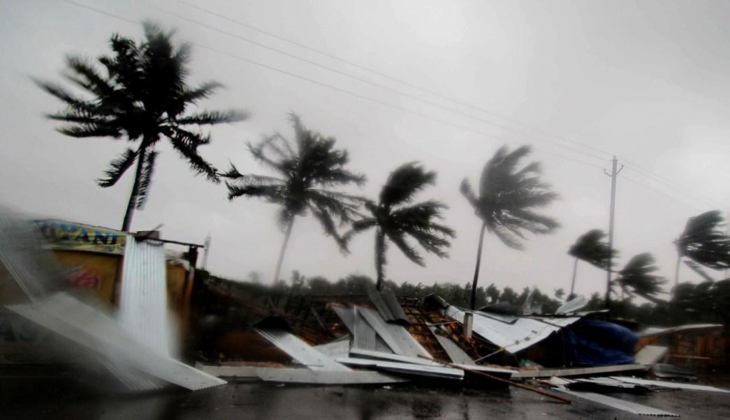 Ciclón 'Fani' toca tierra en la India; es 'extremadamente severo'