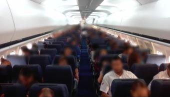 Foto: El retorno se realizó de Minatitlán, Veracruz, a San Pedro Sula, Honduras, el 11 de mayo de 2019 (Twitter @INAMI_mx)