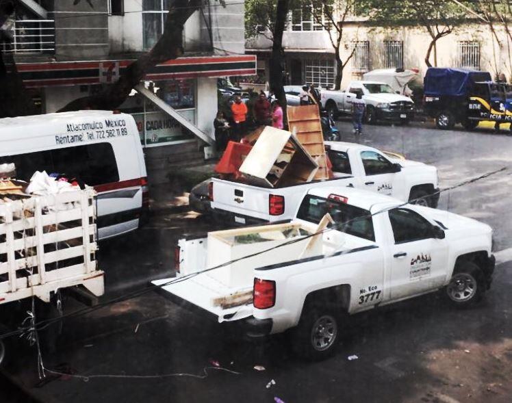 Foto: Desalojo de un inmueble en la calle Londres, en la colonia Juárez, 30 mayo 2019