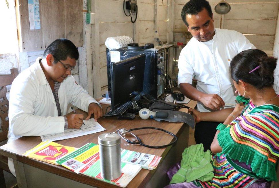 Foto Llevan medicamentos y doctores a indígenas de Chiapas 30 mayo 2019