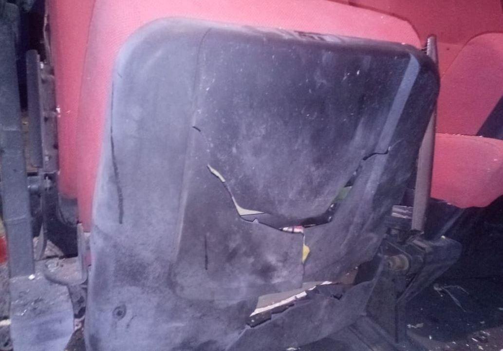 Foto: Un empleado encontró el objeto debajo de una butaca, atado con un cronómetro y una pila, 26 mayo 2019