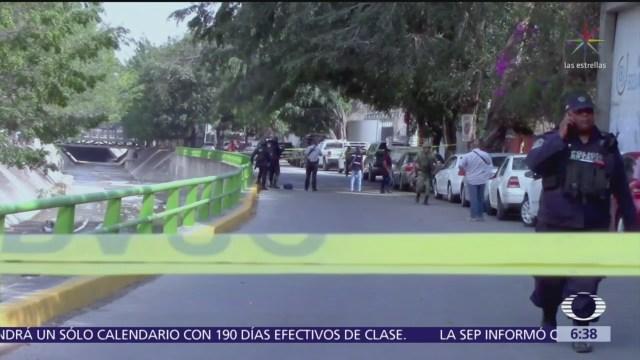 Fiscalía confirma que muertos hallados dentro camioneta en Chilpancingo eran familia