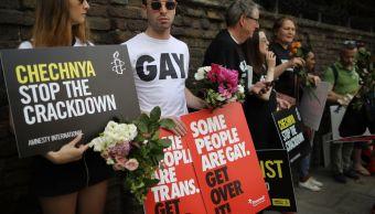 Foto: Activistas de Amnistía Internacional (AI) lideran protestas contra la represión LGBTI en Chechenia. El 2 de junio de 2017