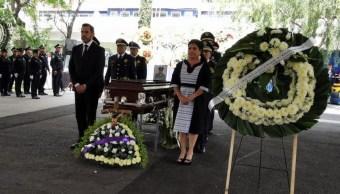 Foto: Guardia de honor al policía capitalino Daniel Reyes Zúñiga. El 31 de mayo de 2019