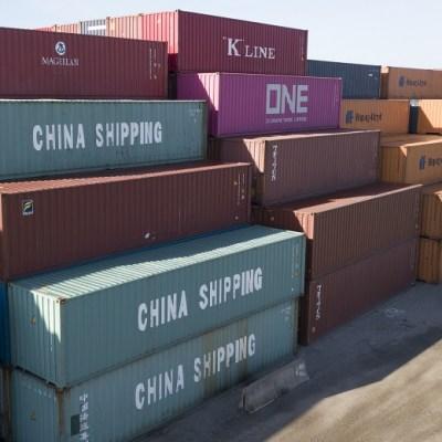 Trump ordena subir aranceles al resto de importaciones chinas