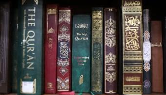 foto coran libro sagrado islam 17 de marzo de 2017